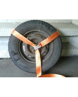 Ремень крепления колеса (лассо) с стяжным механизмом.